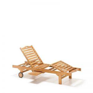 Tumbona de teca para exterior, varias posiciones y bandejita extraible en un lateral. El Tavolino
